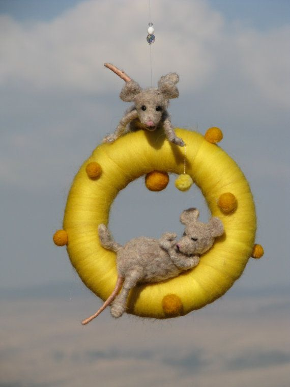 Aguja fieltro waldorf inspirado travieso ratón por Made4uByMagic