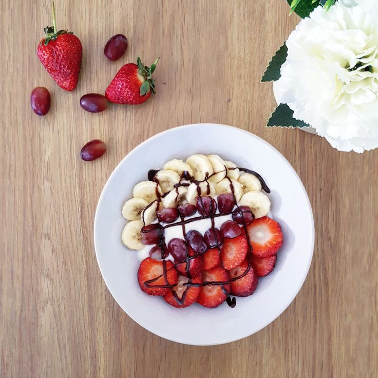 Slimming World smoothie bowl - Are you stuck for breakfast ideas on your Slimming World plan? Click in to read about smoothie bowls!