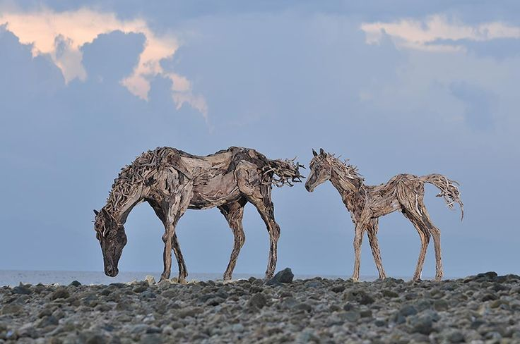 Les sculptures de chevaux en bois flotté de James Doran Webb   sculptures de chevaux en bois flotte par James Doran Webb 6