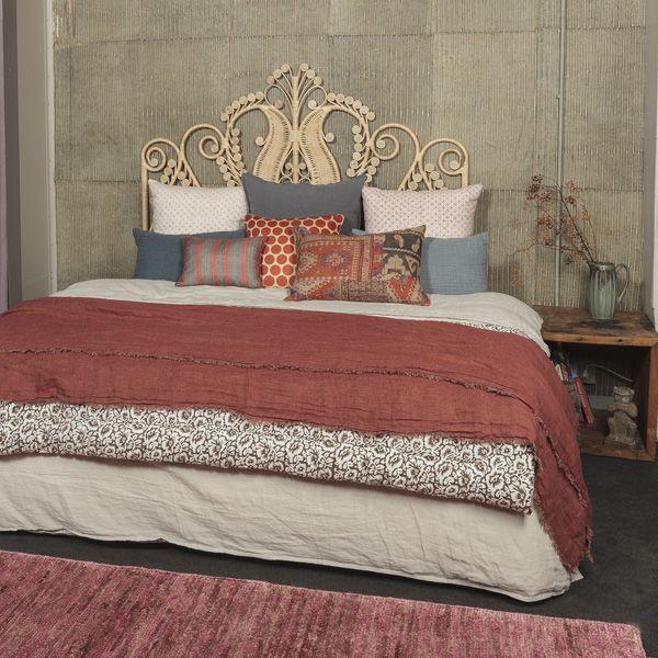 marsala corail le monde sauvage chambres bedroom pinterest monde sauvage sauvages. Black Bedroom Furniture Sets. Home Design Ideas