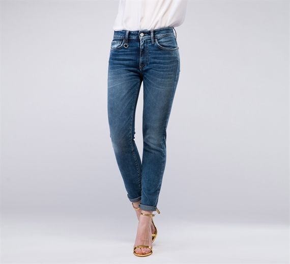 WPT519 - Cycle#cycle #cyclejeans #spring2015 #springsummer #spring #summer #collection #stripes #women #apparel #skinny #jeasn #denim #fashion #style