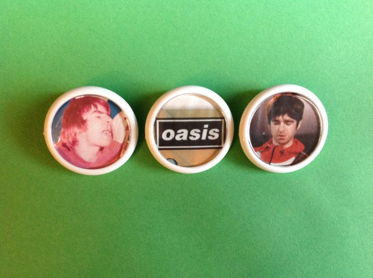 OASIS button badges Set of 3 Unique Retro stocking filler with Free UK Postage Great Gift for any 90s Brit Pop Music fan - pinned by pin4etsy.com