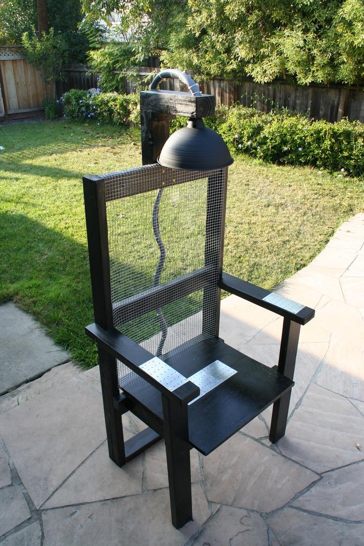 Clear view of #Electric Chair for Halloween (H07)