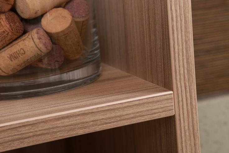 shelf detail photo