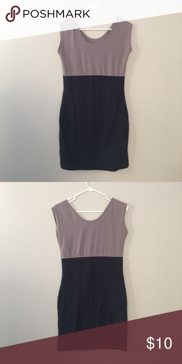 American Apparel Body Con Dress Color-blocked American Apparel Body-con Dress! Amazing fit in navy and grey, perfect with an oversized sweater and boots! No noticeable stains or holes. 95% cotton, 5% elasthanne. Machine wash cold, lay flat to dry. NO RETURNS or EXCHANGES. ALL SALES FINAL. American Apparel Dresses