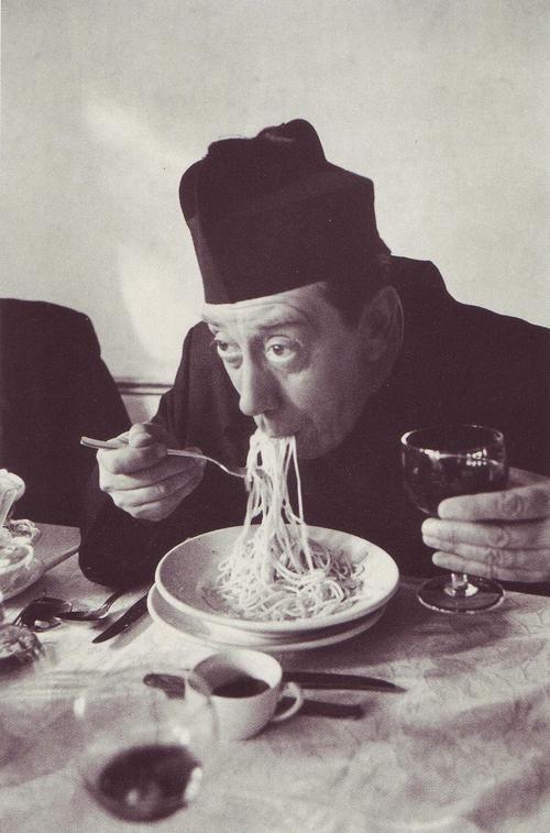 "Fernandel als ""Don Camillo"", 1953"