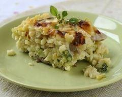 Gratin de pâtes aux courgettes émincées et au comté : http://www.cuisineaz.com/recettes/gratin-de-pates-aux-courgettes-emincees-et-au-comte-49033.aspx