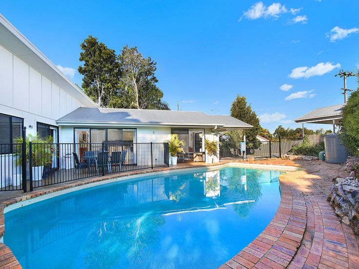 Property data for 1 Kerrs Lane, Coes Creek, Qld 4560. View sold price history for this house and research neighbouring property values in Coes Creek, Qld 4560