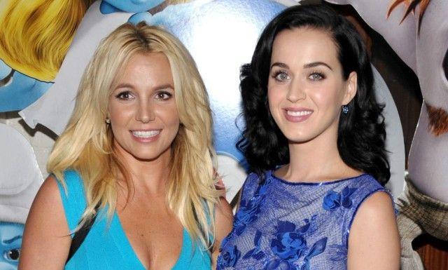 FÅR PEPPER: Britneys fans synes ikke Katy Perrys kommentar om Spears var morsom i det hele tatt. Dette bildet av artistene er tatt på en filmpremiere i 2013. Foto: NTB Scanpix.