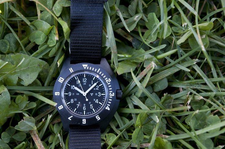 어느덧 겨울이 지나고 있습니다.  따뜻한 계절이 오면 손목에 꼭 소지해야 하는 제품은 바로 시계입니다.   오늘은 여러분들의 손목에 화사한 생명을 불어넣어 줄 시계를 소개해드리겠습니다.  100년의 역사와 기술을 담은 스위스 밀리터리 시계브랜드 마라톤입니다.  자세한 내용은 맥포스코리아 공식 홈페이지에서 확인하세요.   http://www.magforcekorea.com  #magforcekorea #marathon #watch #militarywatch #맥포스코리아 #마라톤 #시계 #밀리터리시계