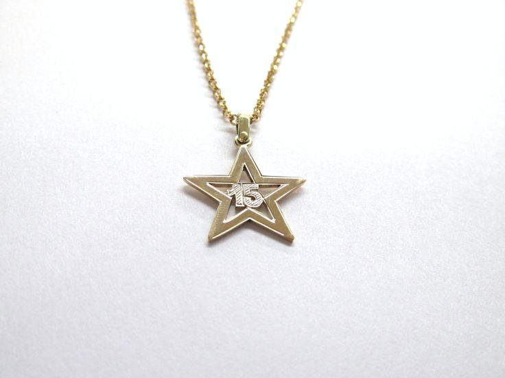 ¿Por que no, ser la estrella en tus 15 años? dije fabricado a mano por encargo en oro  amarillo de 18k  R735 ¿Por que no, ser la estrella en tus 15 años? dije fabricado a mano por encargo en oro  amarillo de 18k  R735  #duranjoyerosbogota #joyeria #hechoamano  #oro #joyas #dijes #compracolombiano #hechoenColombia #gold #handmade #renovamostujoyero #fabricaciondejoyasenoroyplatino #regalos #mis15
