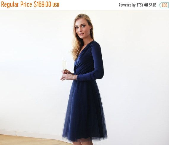 Oscar Sale Navy blue midi length tulle gown with by BLUSHFASHION