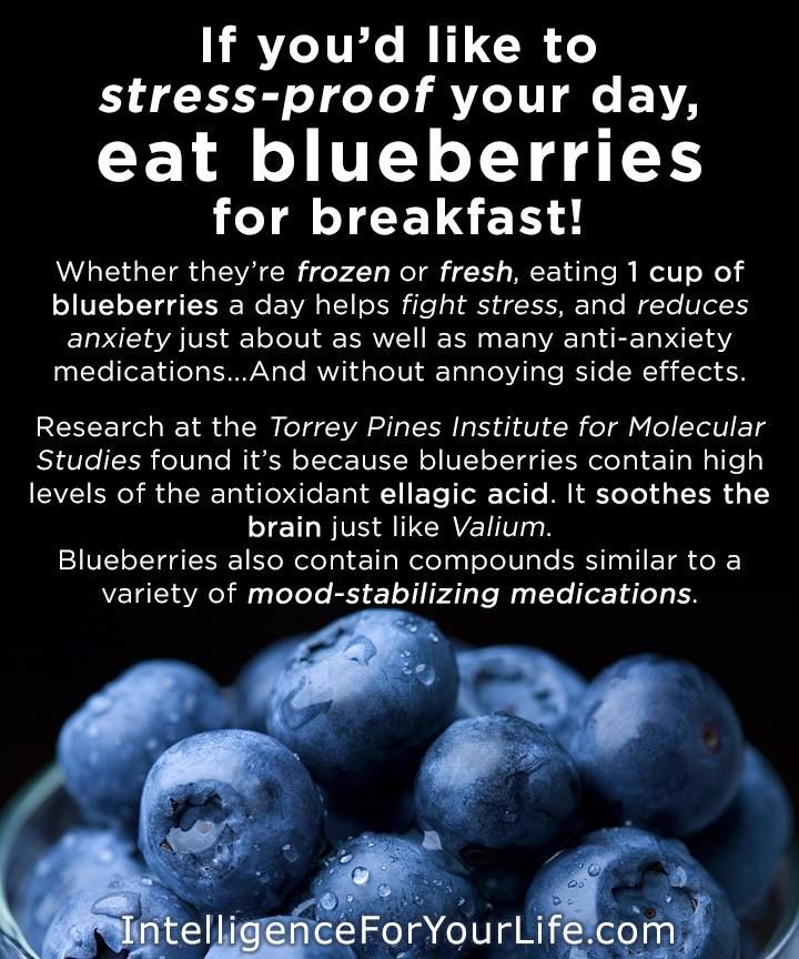 Blueberries = Stress Buster & Happy Brain // totally believe this, eat them in my smoothie every morning #healthy #antioxidant
