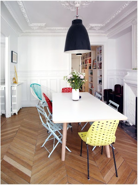 mismatched chairs and stunning floor/ceiling: Dining Rooms, Kitchens Chairs, Mismatched Chairs, Dining Chairs, Vintage Interiors, Chevron Floors, Laminate Floors, The Family Social, Dining Tables