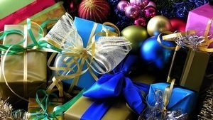 Yankee Swap is a fun way to exchange gifts with friends, family or co-workers. Cool theme ideas here