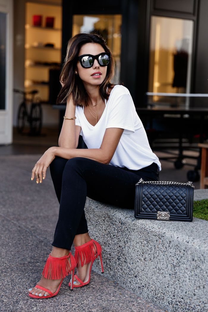 spring / summer - street style - street chic style - summer outfits - easy outfits - white tee + black skinnies + red suede fringe heeled sandals + black mirror sunglasses + black shoulder bag