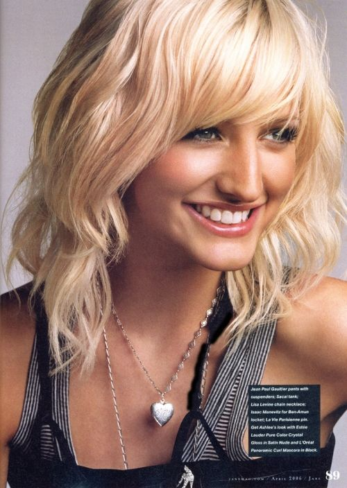 I hate Ashlee Simpson, but this is still one of my favorite haircuts I ever had.
