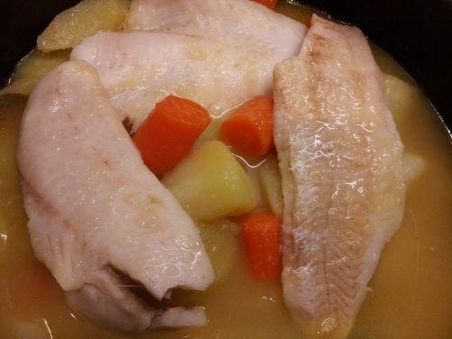 Patatas guisadas con merluza para #Mycook http://www.mycook.es/receta/patataa-guisadas-con-merluza/