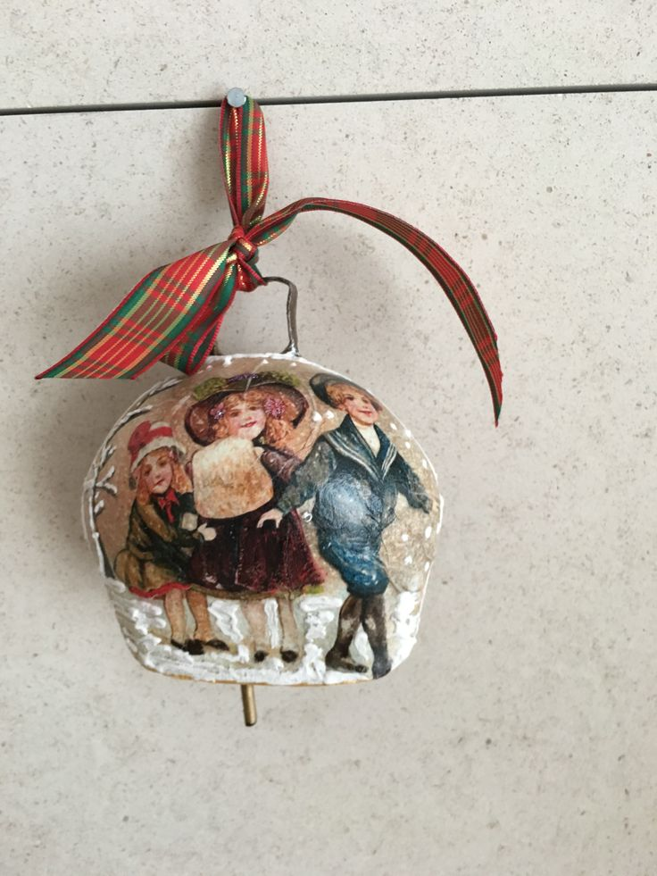 Christmas bell wit decoupage