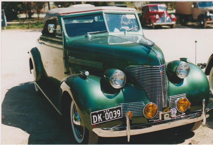 1939 Chev Sports Roadster in original mettalic colour. My brother had a 1939 Sloper in the same colour.