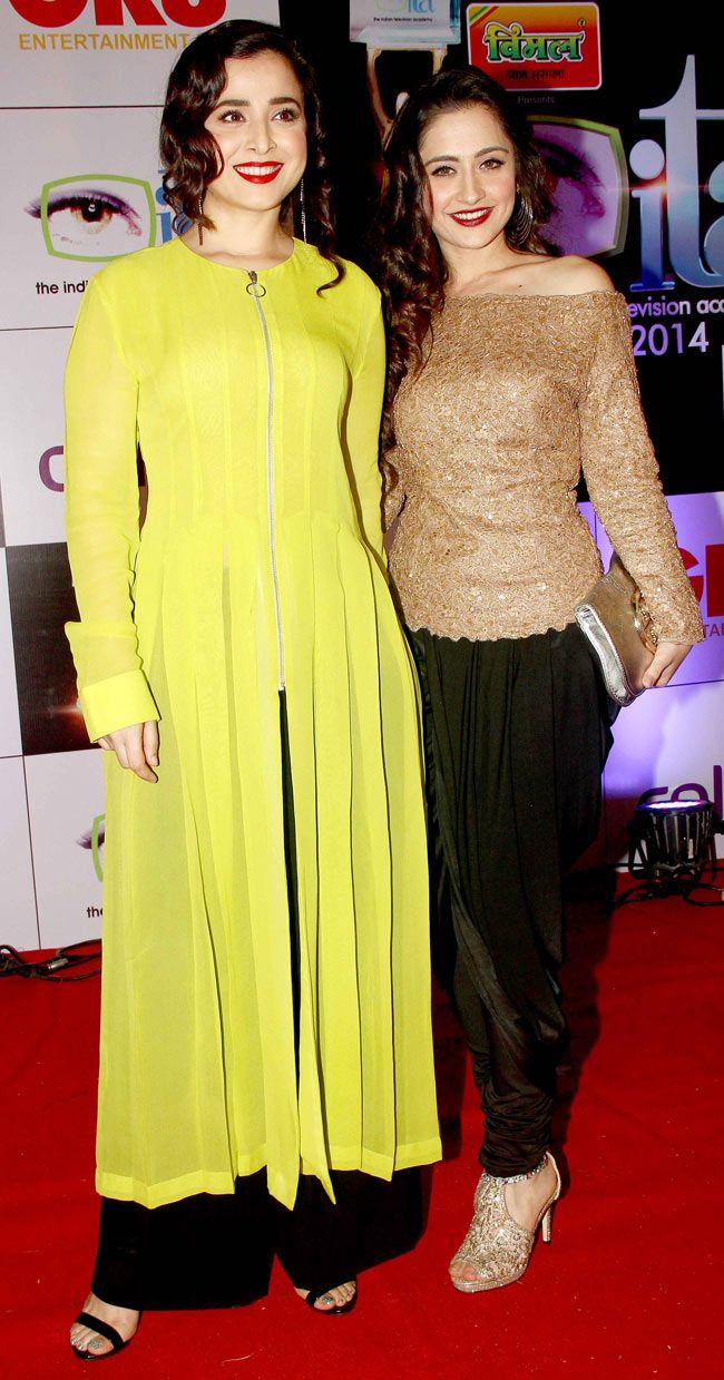 Simone Singh with Sanjeeda Sheikh at the 14th Indian Television Academy Awards 2014. #Bollywood #Fashion #Style #Beauty
