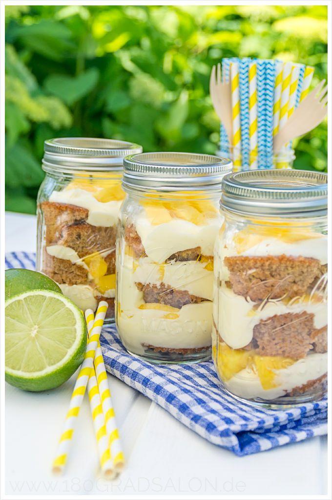 Caipirinha Cheesecake mit Mango im Glas. Ein einfaches Dessert Rezept mit brasilianischem Feeling und passendem Caipirinha Rezept.