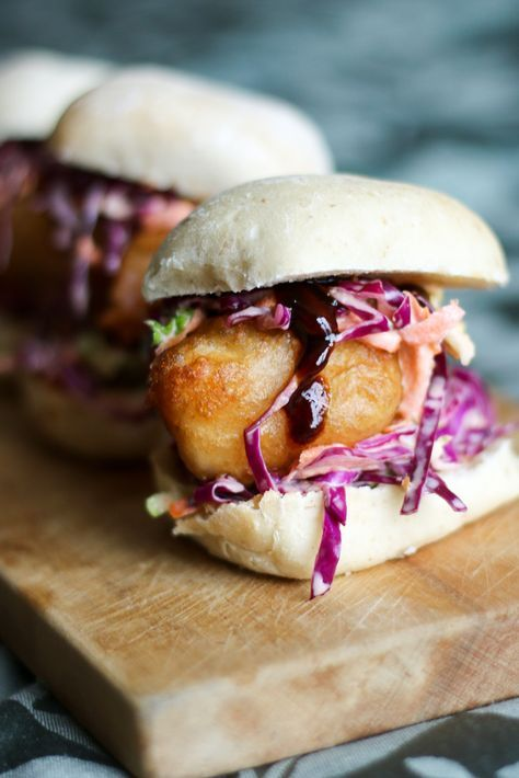 Fish Sliders are perfect for a quick, easy dinner and popular with the whole family. These are a fantastic alternative to fast food!