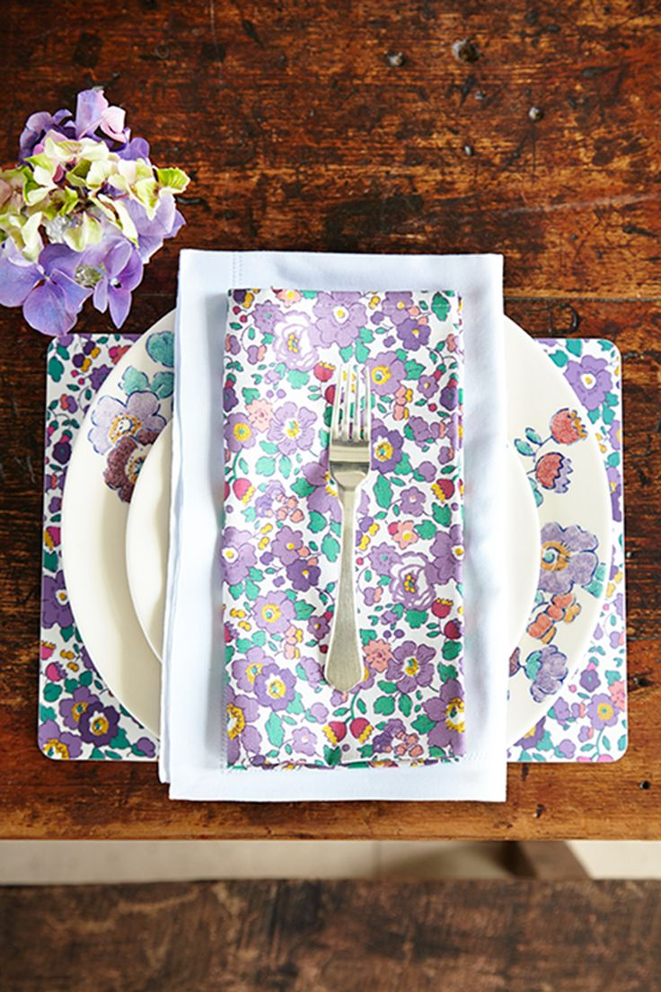 Flowers of Liberty Napkins in Liberty Betsy Print http://www.liberty.co.uk/fcp/product/Liberty//Betsy-Liberty-Print-Napkins/107065