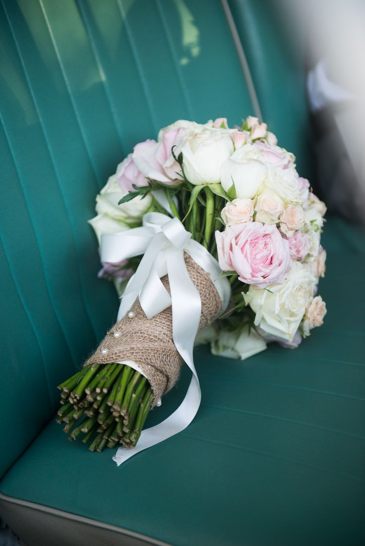 hessian and ribbon vintage flower boquet Wedding detail Stradbroke Island Photography