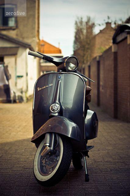 Vespa 50 by Carlo Vingerling, via Flickr
