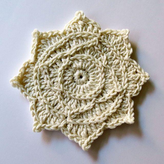 88. Freeform Unicolor Cardigan Rose Scrumble by hykevandermeer, via Flickr