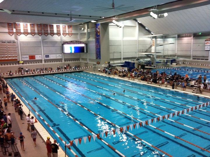 Pool At The University Of Texas Hook 39 Em M Pinterest