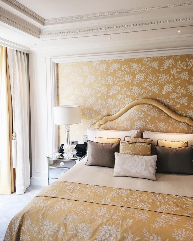 Royale Suite by @ boubouteatime