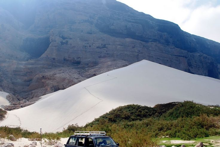 Остров счастья Сокотра.   Песчаная дюна.