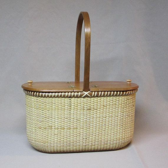 Nantucket Style Small Picnic Basket Lidded Purse by DiannesBaskets, $240.00