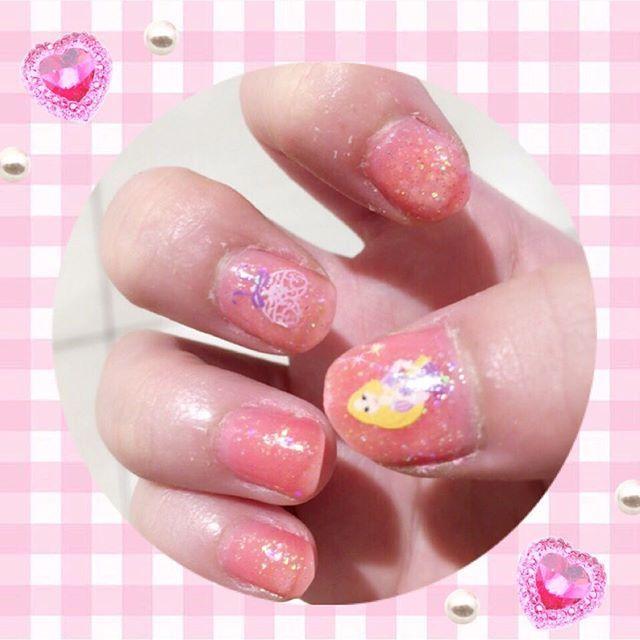 #セルフネイル #nail #pink  #ラメ #正直眠り姫興味ないけど #色的にピッタリやと思って #オーロラ姫 #👸👗🎀 #そしてお気に入り(笑)