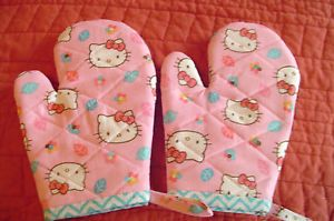 Children s HELLO KITTY Oven Mitts, Handmade,Red/Pink,Quilted,Lined,100% Cotton | eBay