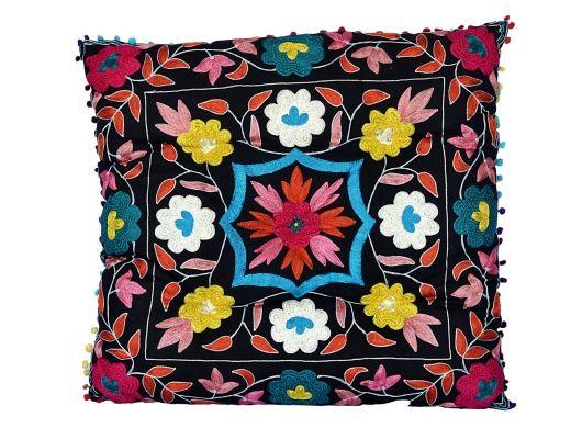 Boho pillow More: http://www.etnobazar.pl/shop/Indigo/profile/search/ca:poduszki-i-siedziska-na-krzesla?limit=128