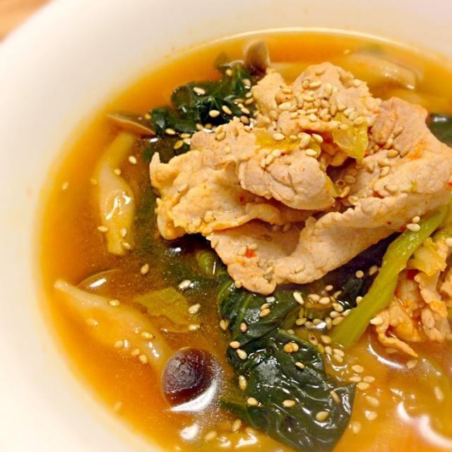 はふはふ(・ω・)) - 69件のもぐもぐ - 野菜たっぷり豚キムチスープ by ユキ