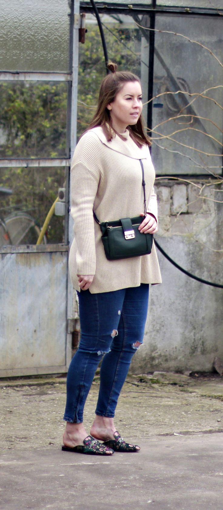 embroided Slipper, Slipper Trend, Slipper, COS Sweater, Cross Body Bag, ripped Jeans, Half-Bun