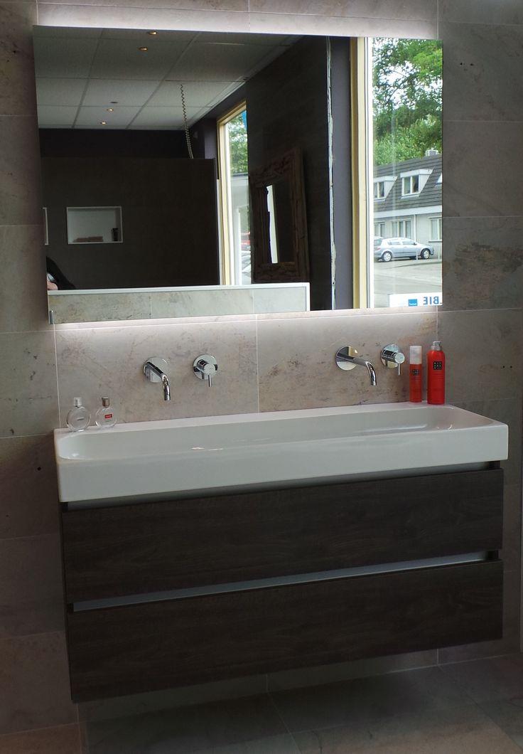 voor kleine badkamers, doordat de keramische wastafel maar 40cm diep ...