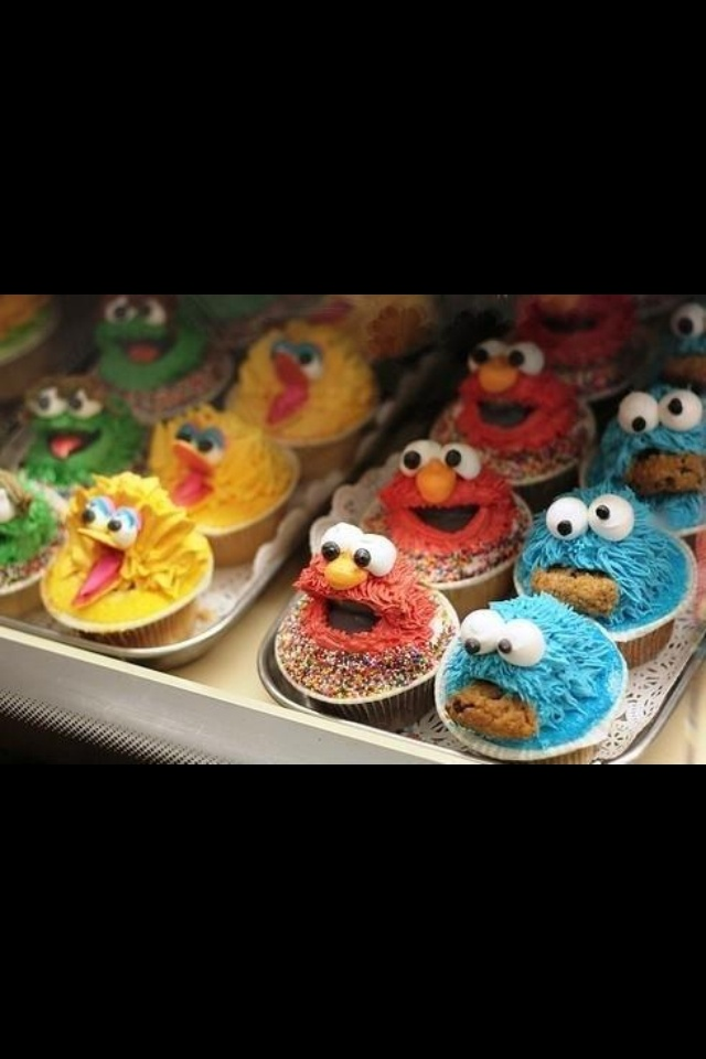 Eany on else craving monster cup cakes