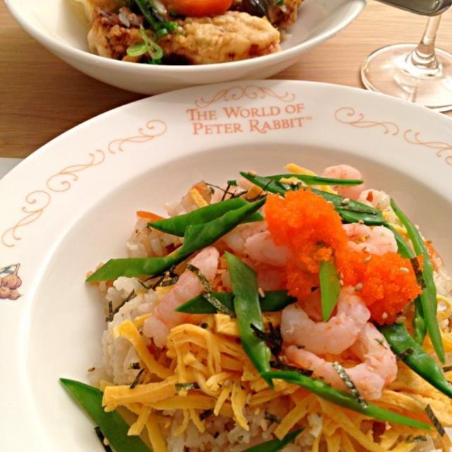 とびっこも乗せてみました:) - 12件のもぐもぐ - ちらし寿司の晩ご飯 by Toshipie