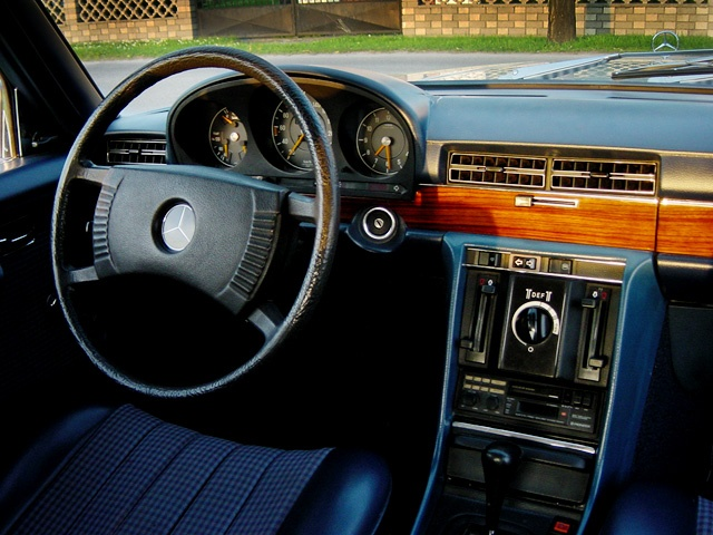 Mercedes benz w116 350 se interieur 1975 german cars for Mercedes benz interieur