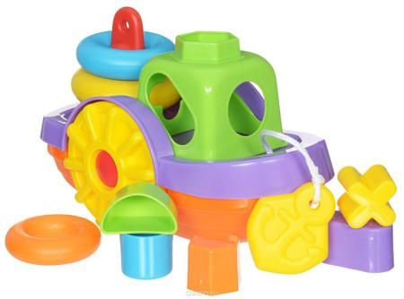 """Simba Игрушка для ванной Кораблик  — 750р. --------------------- Развивающая игрушка для ванной """"Кораблик"""" представляет собой полноценный игровой набор, в который входят пирамидка и сортер с геометрическими фигурами. Пирамидка состоит из трех разноцветных колец разного диаметра. Рубка кораблика выполнена в виде сортера на 5 ярких фигурок. Кораблик можно использовать и как обычную игрушку. Колеса кораблика крутятся, и малыш может возить его по полу за специальную веревочку. Яркий кораблик, в…"""