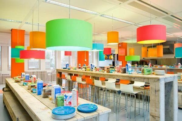 Kleurrijk kantoor (Hyves)
