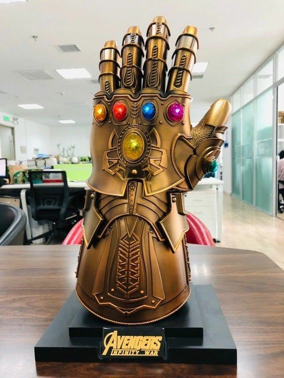 Thanos Infinity Gauntlet Full Metal 1 1 Wearable Cosplay Etsy Thanos Infinity Gauntlet Avengers Marvel Gifts