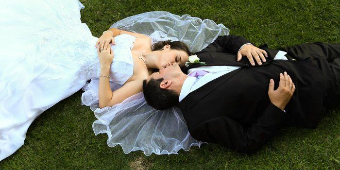 Bruid en Bruidegom Troudag Foto's