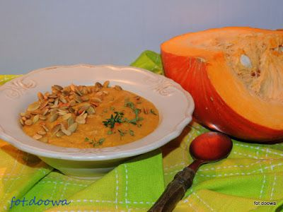 Moje Małe Czarowanie: Zupa z dyni i plantanów z masłem orzechowym
