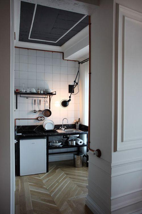 kitchen: Istanbul Turkey, White Tile, Kitchens Design, Small Kitchens, Living Room, Kitchens Ideas, Karaköi Rooms, White Subway Tile, Design Kitchens